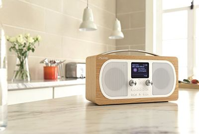 Radio PURE Evoke H6 Oak