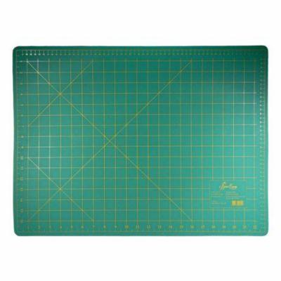 Accessoire Couture patch planche de découpe pvc 60 cm x 45 cm