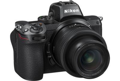 APN NIKON Z5 + 24-50mm