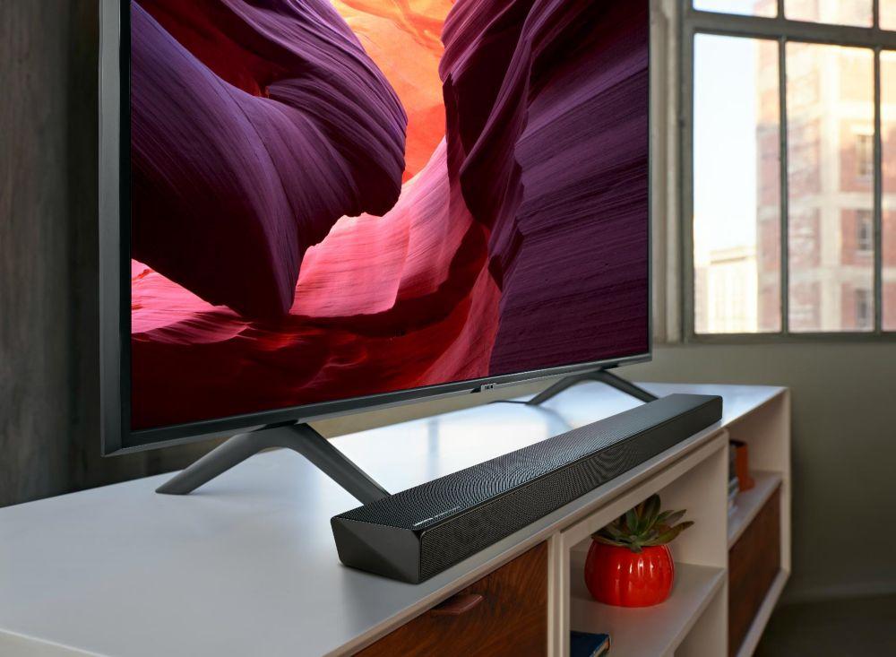 Barre de son Samsung Q60R avec téléviseur