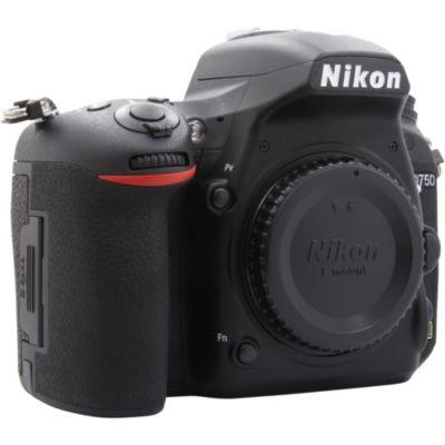 Location Appareil photo Reflex Nikon D750 Nu