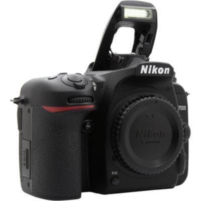 Location Appareil photo Reflex Nikon D7500 nu
