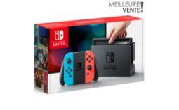 Console Nintendo Switch avec Joy-Con bleu et rouge