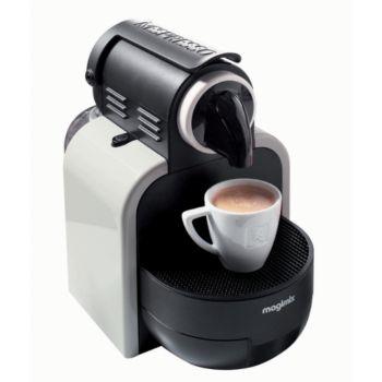 magimix essenza m100 11312 sable nespresso boulanger. Black Bedroom Furniture Sets. Home Design Ideas