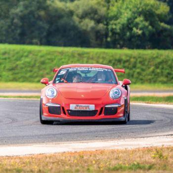 Smartbox 2 tours en Ferrari 458 et 3 en Porsche 9