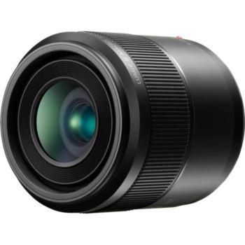 Panasonic 30mm f/2.8 Noir